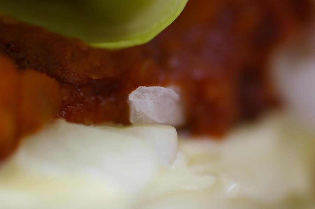 ハンバーガーの中の結晶