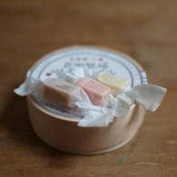 OLYMPUS E-420で撮影した食べ物(キャラメル)の写真(画像)