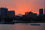 横浜大さん橋からの夕景富士/3