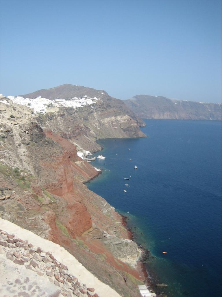 サントリーニ、噴火の傷跡
