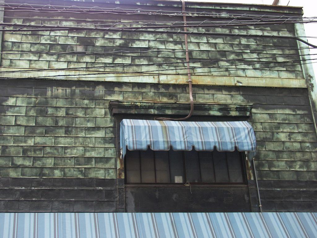 神田の古い建物