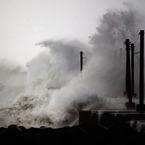 NIKON NIKON D80で撮影した風景(春の嵐)の写真(画像)