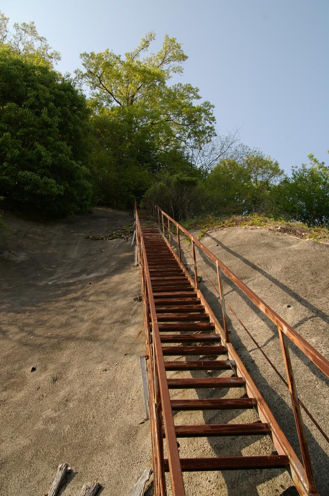 山への階段