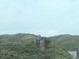 崖の上の家