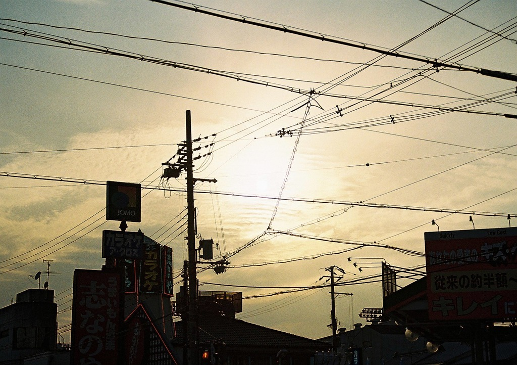 電線のスポットライト