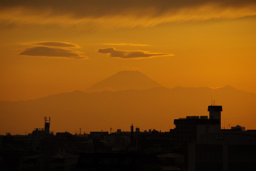 東京から見る富士山
