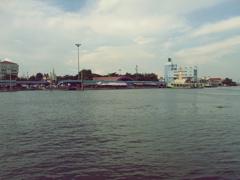 マハチャイ港