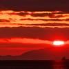 冬の播磨灘に沈む夕日16