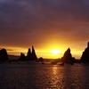 橋杭岩(はしくいいわ)の日の出2