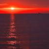 冬の播磨灘に沈む夕日1