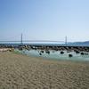 大蔵海岸から望む明石海峡大橋