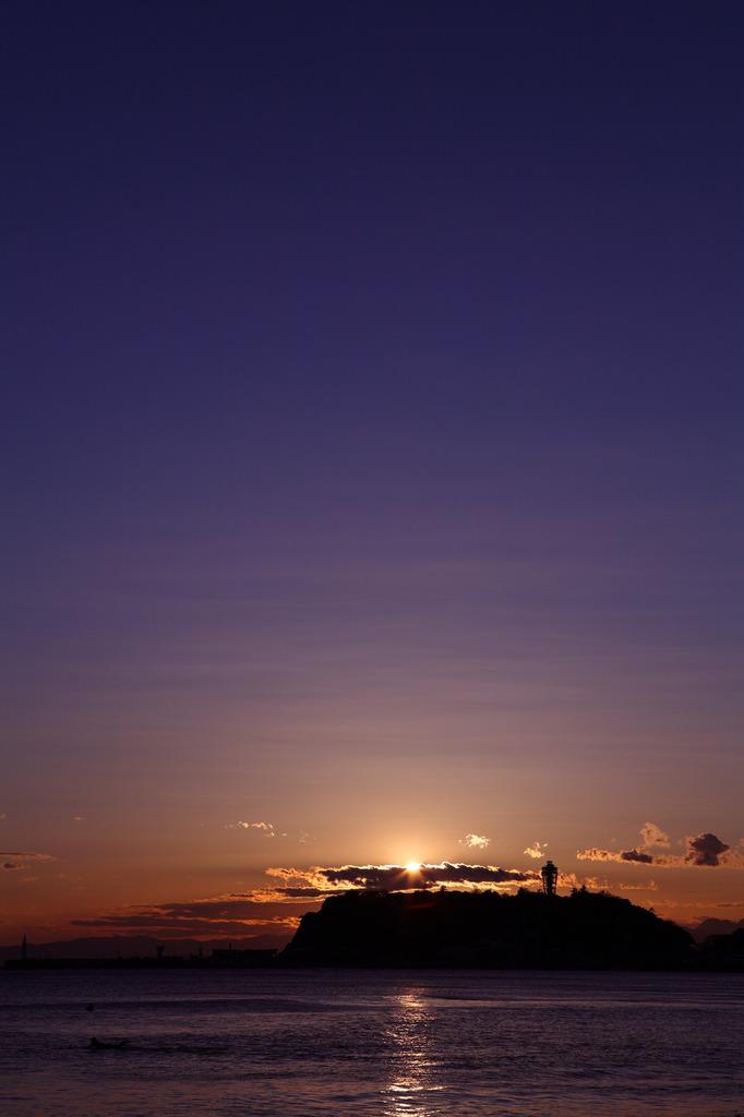 江ノ島と夕日