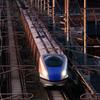 新幹線夕日の中