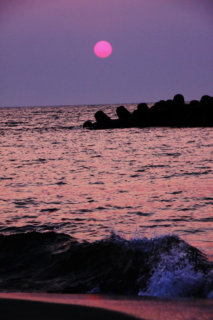 春の日本海