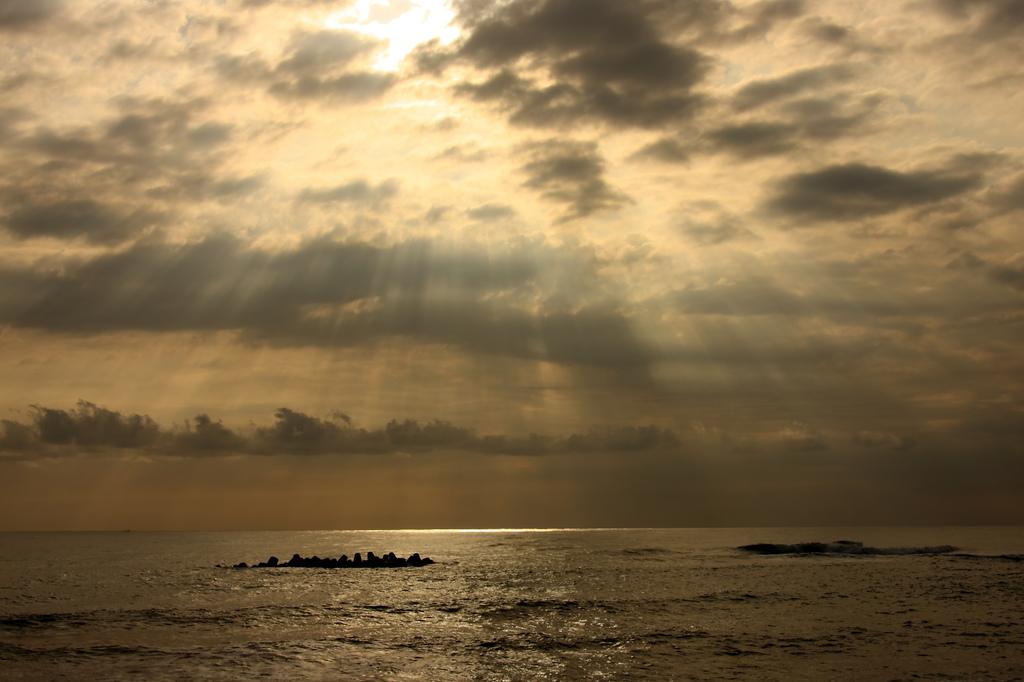 初秋の海にて・・