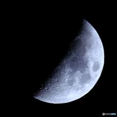 月齢6.5 弓張月