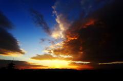 高台寺から夕日を臨む