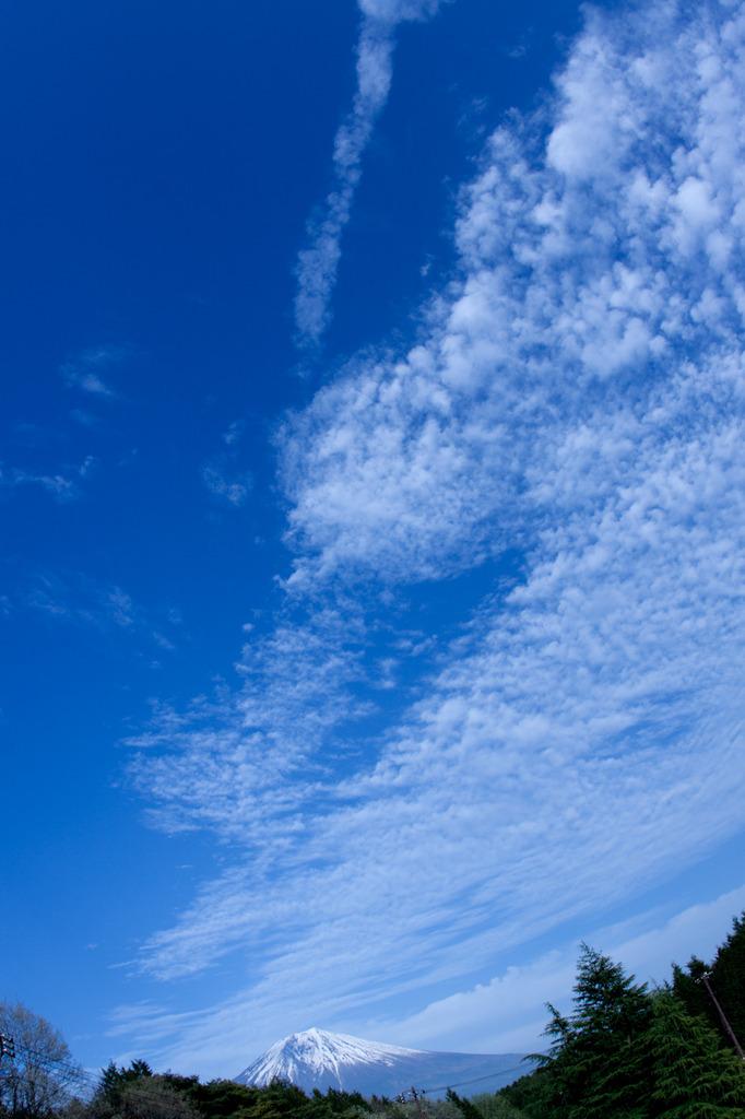 富士山と雲流