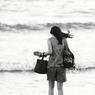 CANON Canon EOS 5D Mark IIで撮影した人物(In the sea)の写真(画像)