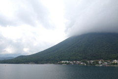 日光男体山と中禅寺湖 2