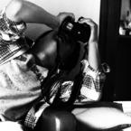 OLYMPUS E-620で撮影した人物(どこを撮ってるのかなぁ。)の写真(画像)