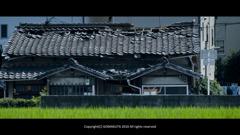 屋根のある風景_d