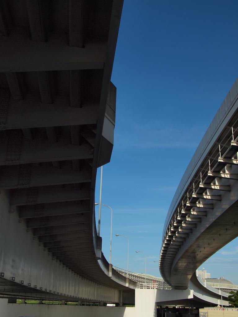 コンクリートと青空