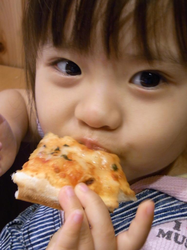 ピザうまーーーい