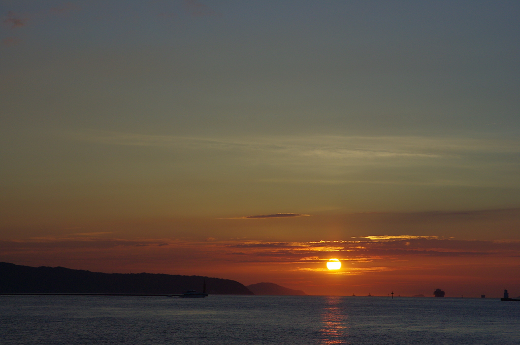 夕陽への道