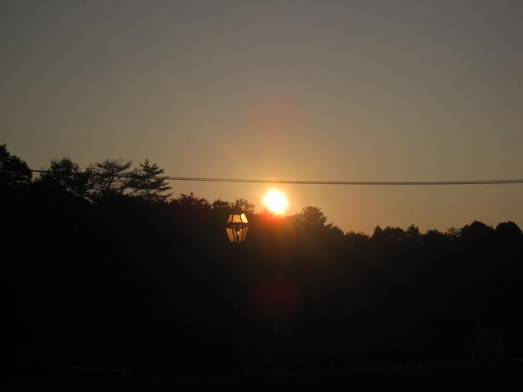 夕焼けの街灯