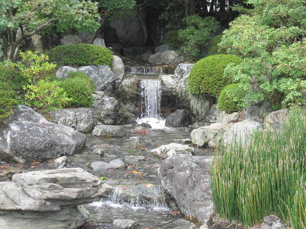 清流園 の流れ