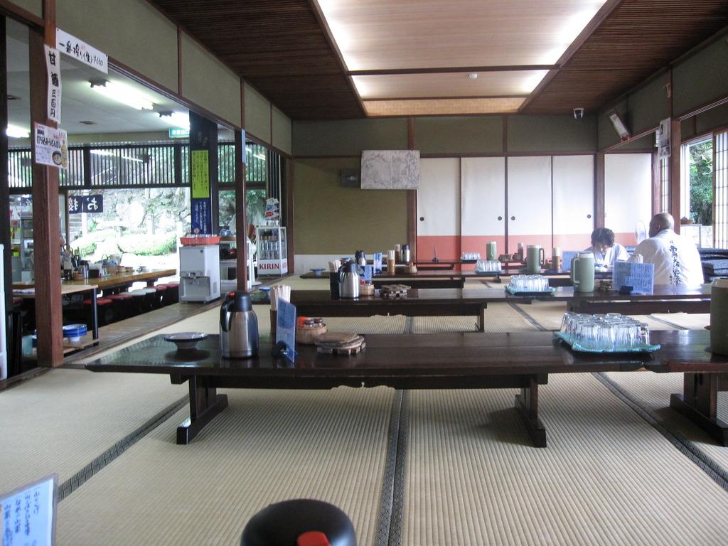 大窪寺のうどん屋