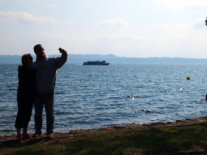 ヌーシャテル湖