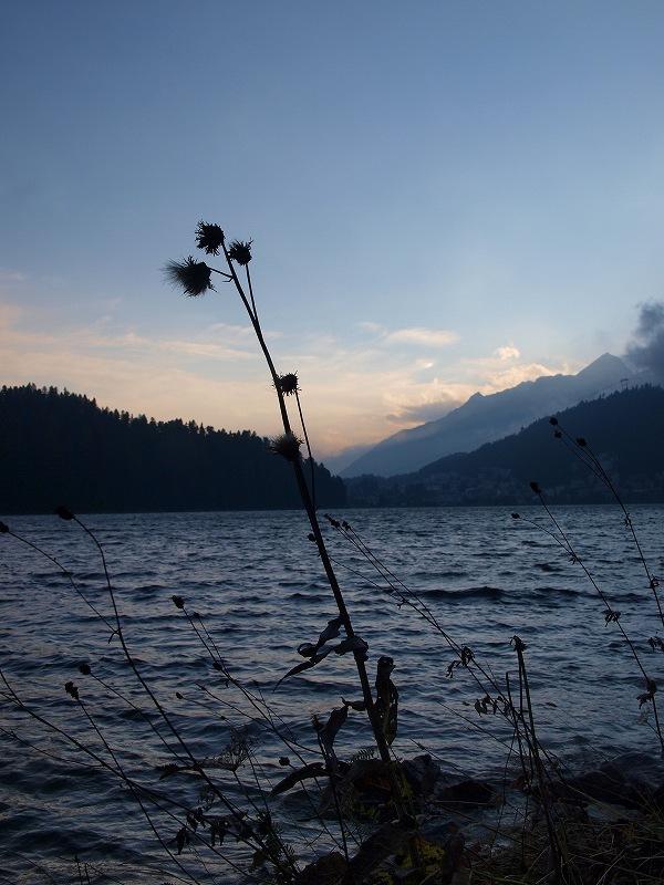 到着日のサンモリッツ湖