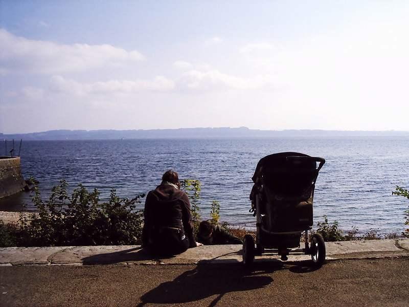 ヌーシャテル湖の風景