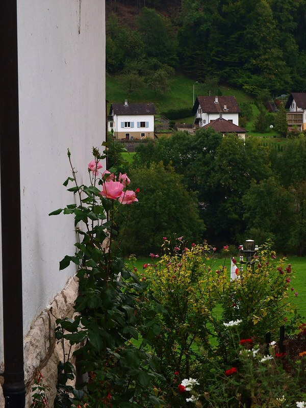 サンチュルサンヌ村に至る途中の風景