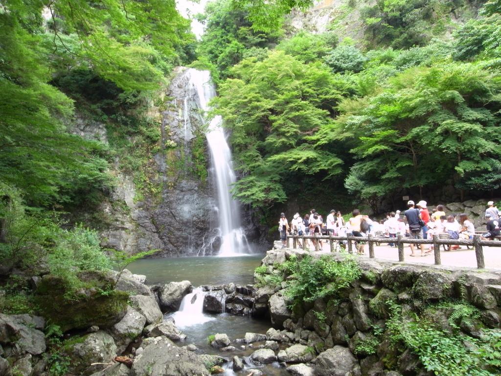 箕面の大滝4