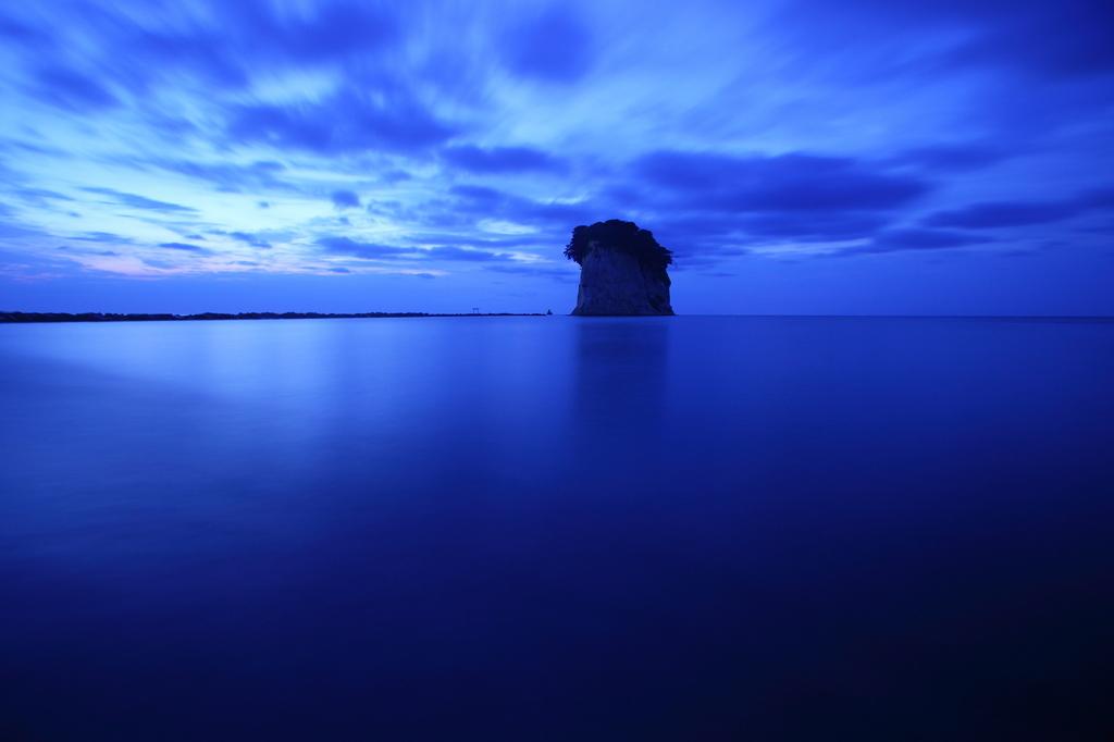 軍艦島の朝