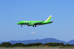 Fuji Dream Airlines と富士山