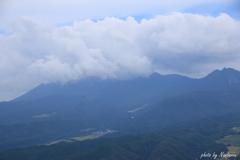 三平山頂上より大山02