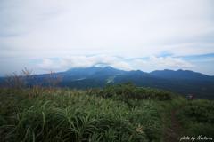 三平山頂上より大山01