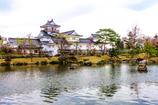 春の富山城