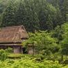 爺さまは山へ芝刈りに…婆さまは川へ撮影に…。