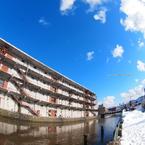 運河沿いの名工場