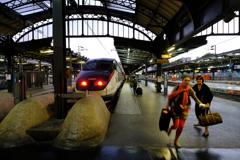 TGV 発車迫る