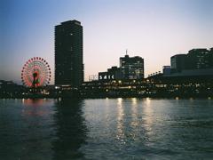 神戸ハーバーランドのブルーモーメント