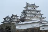 桜の開花を待つ姫路城