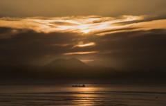 朝焼けの島原湾
