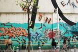 アートなビルの壁面