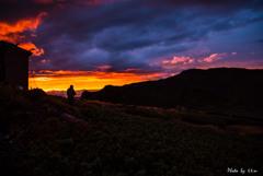 山小屋の夕日